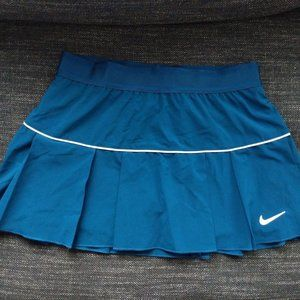 NWT Nike Victory Tennis Skirt Dri-Fit with pleats!